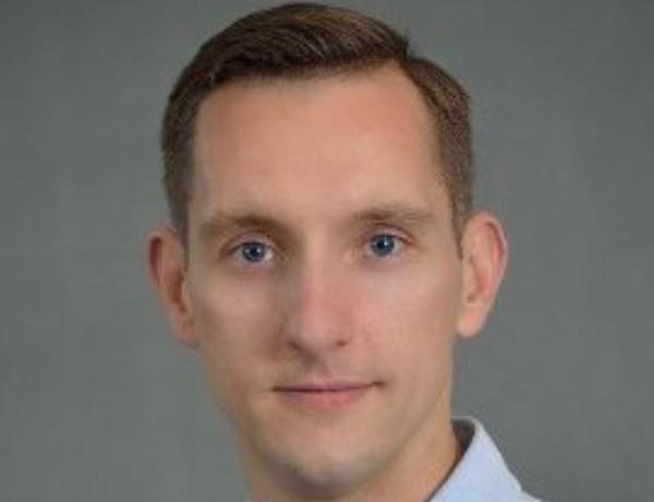 Piotr Adamczyk 670