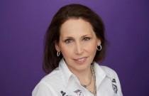 Yahoo chief marketing officer Kathy Savitt moves to Hollywood studio