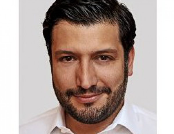 Hossein Houssaini mini