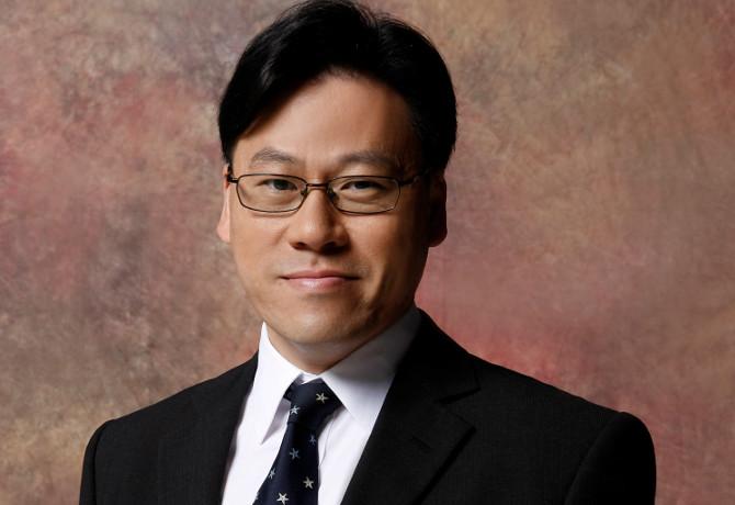 Steven Chang small