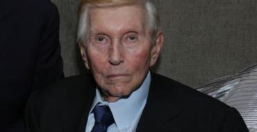 Phillipe Dauman removed as president as Sumner Redstone regains control of Viacom