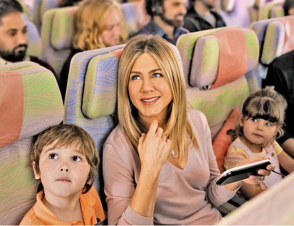 jennifer-aniston-emirates