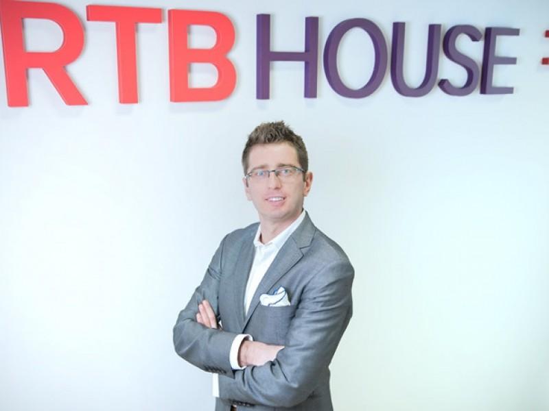 M m global the hub for international media for Charlie johnson builders