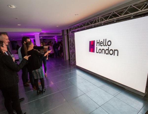 hello-london-tfl-exterion-media