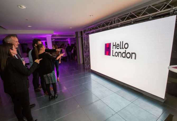 hello-london-tfl-exterion-media